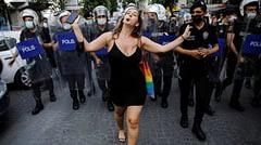 Madonna: 'Neden bu kadar çok polis var?'