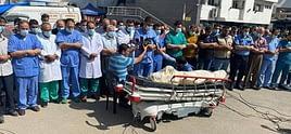 """Hekimlerden Mektup : """"İsrail'in Saldırıları İnsani Felakete Yol Açıyor"""""""