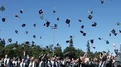 'Temizlik görevlisi' ilanına 1143 üniversite mezunu başvurdu