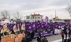 Kadınlar, İstanbul Sözleşmesi'nin feshedilmesine karşı sokağa çıktı
