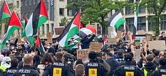 Avrupa kentlerindeki protestolara binlerce kişi katıldı