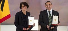 Prof. Dr. Şahin ve Dr. Türeci'ye Liyakat Nişanı