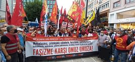 """DİSK, KESK, TMMOB ve TTB'den Kadıköy'de eylem: """"Seçimle değil devrimle gidecekler"""""""